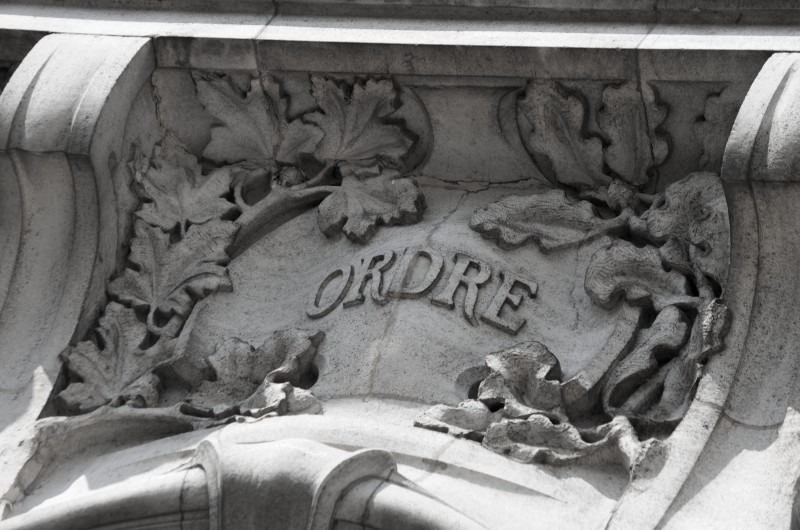 Mairie d'Euville, début du XXe siècle, de style Art Nouveau : ordre