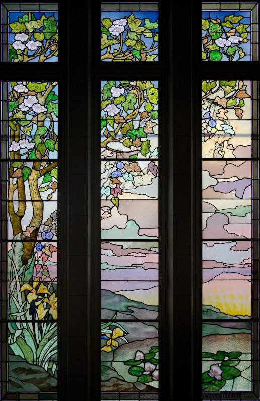 Mairie d'Euville, le vitrail de Jacques Gruber (1) vue d'ensemble