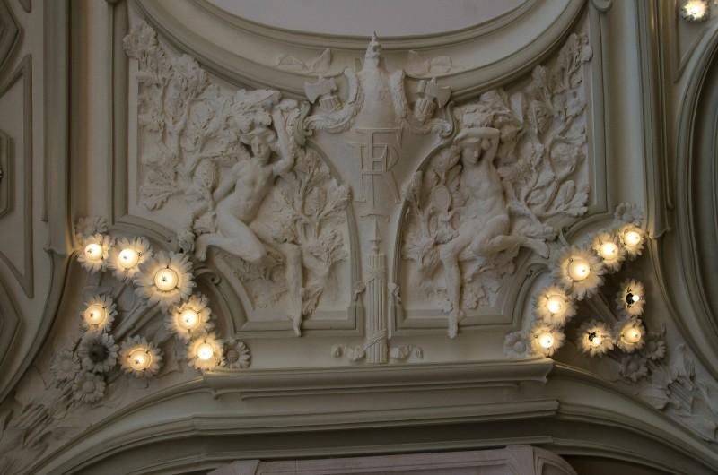 Les plafonds du grand salon de l'hôtel de ville d'Euville